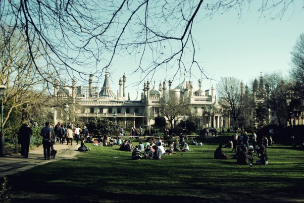 A sunny day in the Pavilion Gardens